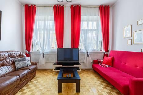 Сдается 2-комнатная квартира посуточно в Москве, Саввинская набережная, 5.