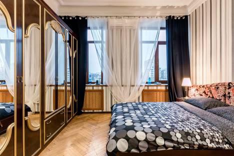 Сдается 1-комнатная квартира посуточно в Москве, улица Плющиха, 44/2.