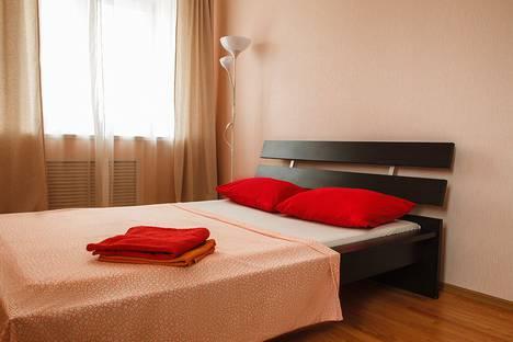 Сдается 2-комнатная квартира посуточно, улица Цюрупы, 76.