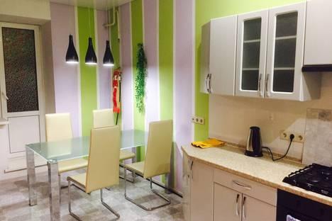 Сдается 1-комнатная квартира посуточно в Твери, улица Озерная д 16 корп 1.