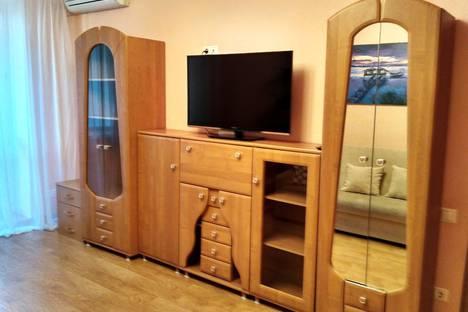 Сдается 2-комнатная квартира посуточнов Тюмени, Уральская,74.