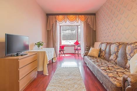 Сдается 2-комнатная квартира посуточно в Санкт-Петербурге, Московский проспект, 197.