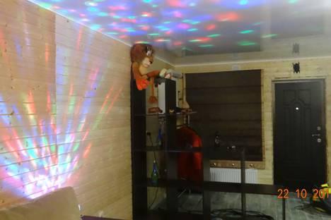 Сдается 2-комнатная квартира посуточно в Зеленой поляне, Кусимовский Рудник, улица Центральная.