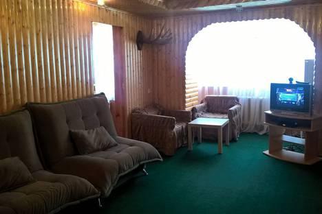Сдается 3-комнатная квартира посуточно в Домбае, ПИХТОВЫЙ МЫС д.2 кв. 11.