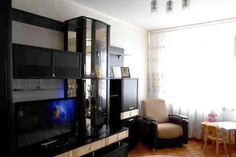 Сдается 3-комнатная квартира посуточно в Старом Осколе, Королева микрорайон, 12.