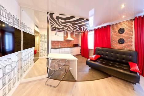 Сдается 1-комнатная квартира посуточно в Кургане, улица Пичугина, 6.