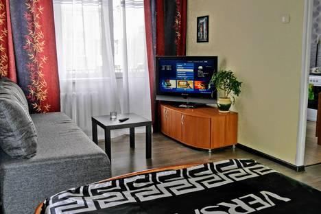 Сдается 1-комнатная квартира посуточно в Нижнем Тагиле, Ленинградский проспект, 94.