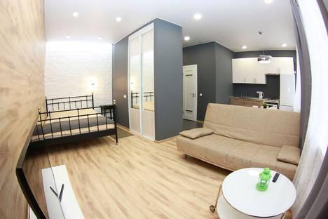 Сдается 1-комнатная квартира посуточнов Омске, Карла Маркса проспект, 8.