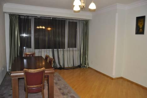 Сдается 3-комнатная квартира посуточно, проспект Qvin Tamar Ave 5.
