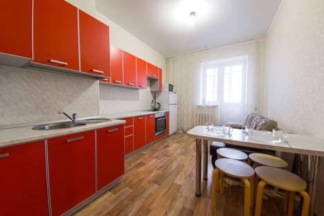 Сдается 1-комнатная квартира посуточнов Казани, улица Адоратского, 1А.
