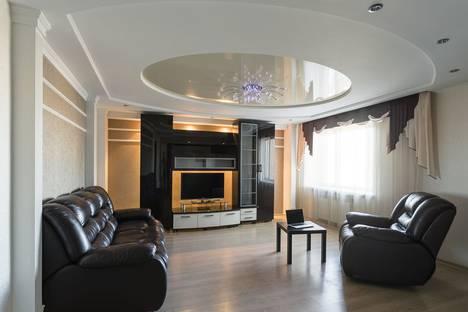 Сдается 2-комнатная квартира посуточно в Вологде, улица Ленинградская, 144.
