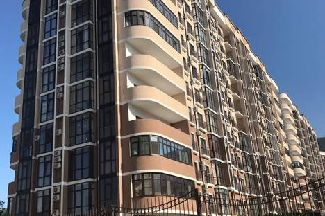 Сдается 2-комнатная квартира посуточнов Геленджике, Одесская улица, 3а.