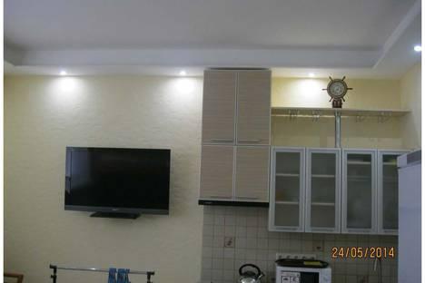 Сдается 1-комнатная квартира посуточно в Севастополе, улица Челюскинцев, 57.