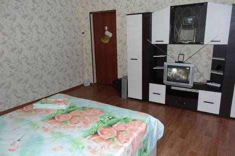 Сдается 1-комнатная квартира посуточно в Нижнем Новгороде, улица Глазунова, 3.