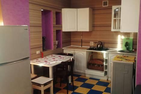 Сдается 1-комнатная квартира посуточно в Омске, Карла Маркса проспект 89.