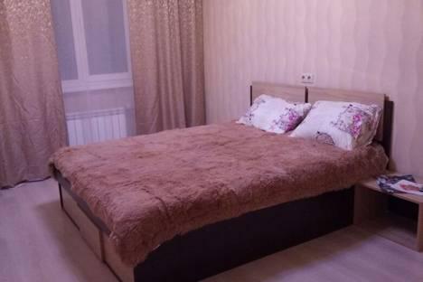 Сдается 2-комнатная квартира посуточнов Екатеринбурге, улица Татищева, 80.