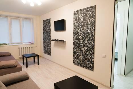 Сдается 1-комнатная квартира посуточно в Сызрани, Пензенская улица, 37.