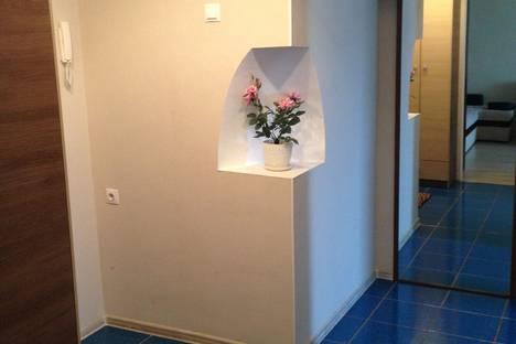 Сдается 2-комнатная квартира посуточно в Уфе, улица Цюрупы, 82.
