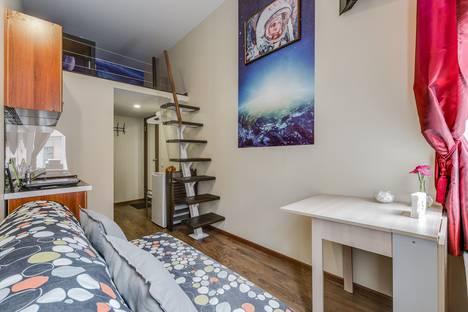 Сдается 1-комнатная квартира посуточнов Санкт-Петербурге, Саперный переулок, 16.