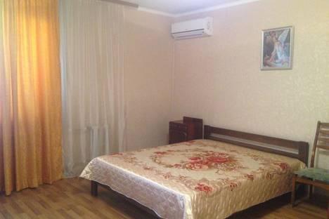 Сдается 1-комнатная квартира посуточно в Севастополе, улица Астана Кесаева, 3A.