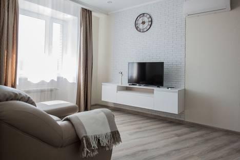 Сдается 1-комнатная квартира посуточно в Омске, улица Красный Путь, 105/1.