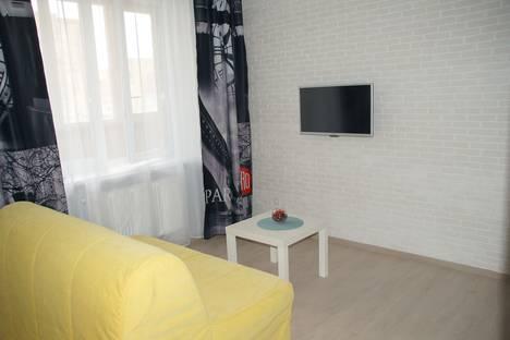 Сдается 1-комнатная квартира посуточнов Омске, улица 13 Линия, 37.