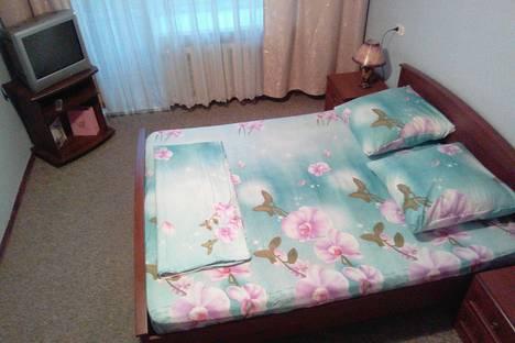 Сдается 2-комнатная квартира посуточнов Екатеринбурге, улица Бажова, 55.