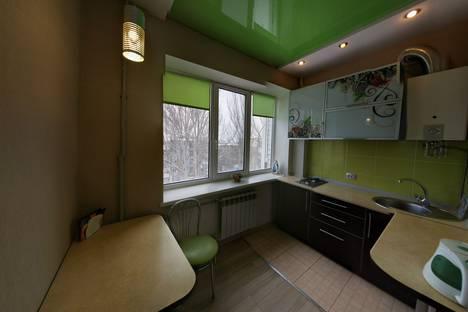 Сдается 1-комнатная квартира посуточно в Донецке, улица Челюскинцев 148.