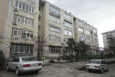 Сдается 1-комнатная квартира посуточнов Гагре, Гагра.