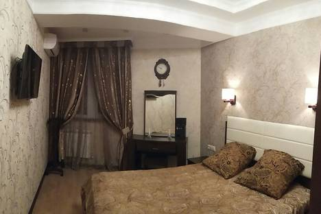 Сдается 2-комнатная квартира посуточно в Адлере, Большой Сочи, улица Ленина, 146.