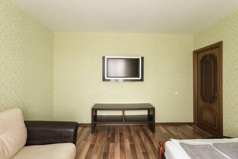 Сдается 2-комнатная квартира посуточно в Вологде, улица Возрождения, 82а.