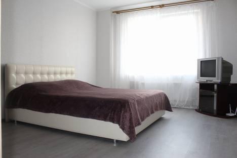 Сдается 1-комнатная квартира посуточно в Тольятти, улица 40 Лет Победы, 47.