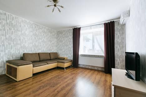Сдается 1-комнатная квартира посуточно в Новосибирске, улица Добролюбова, 18/1.