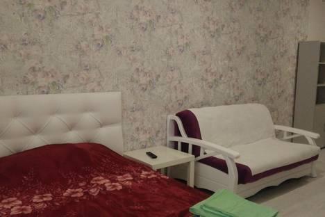 Сдается 1-комнатная квартира посуточнов Батайске, улица 14 Линия, 78.
