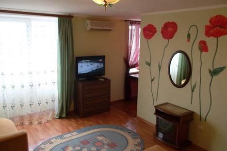 Сдается 1-комнатная квартира посуточнов Новом Свете, улица Голицына, 36.