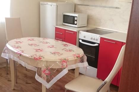 Сдается 2-комнатная квартира посуточно в Туле, улица Степанова, 34а.