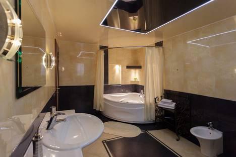 Сдается 2-комнатная квартира посуточно, улица Радужная, 9.