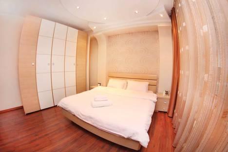 Сдается 3-комнатная квартира посуточно в Алматы, улица Байсеитовой, 49.