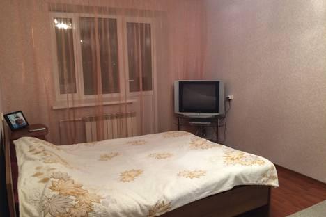 Сдается 1-комнатная квартира посуточнов Каменск-Уральском, Комсомольский бульвар, 37А.