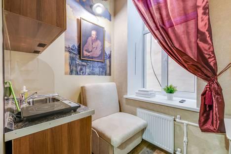 Сдается 1-комнатная квартира посуточнов Санкт-Петербурге, Саперный переулок 16/36.