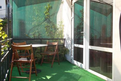Сдается 1-комнатная квартира посуточнов Новом Свете, улица Голицына, 40/1.