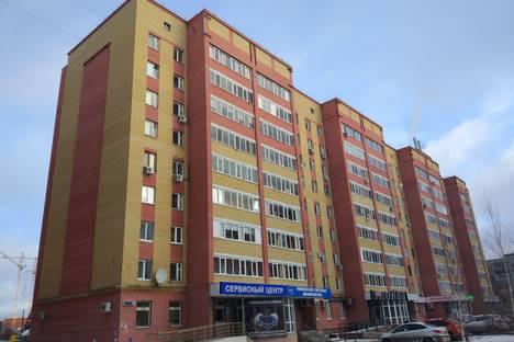 Сдается 4-комнатная квартира посуточно в Тюмени, улица Пролетарская, 116.
