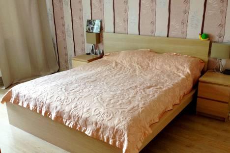 Сдается 2-комнатная квартира посуточно в Орле, улица Октябрьская, 24.