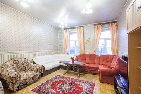 Сдается 3-комнатная квартира посуточно в Санкт-Петербурге, Каменноостровский пр..