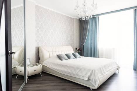Сдается 2-комнатная квартира посуточнов Екатеринбурге, улица Щербакова, 5а.