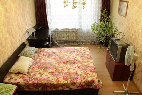 Сдается 1-комнатная квартира посуточно в Белгороде, бульвар Юности, 27.
