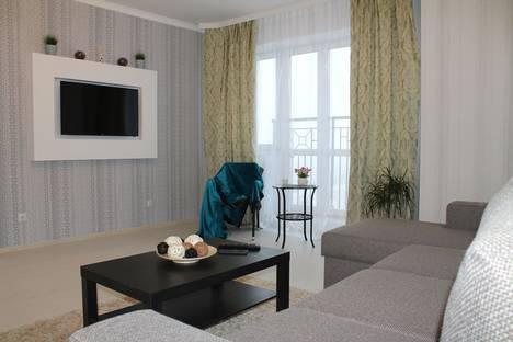 Сдается 2-комнатная квартира посуточно, улица Первомайская, 50.