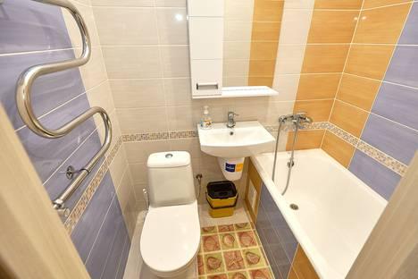 Сдается 1-комнатная квартира посуточно в Калуге, улица Рылеева, 3.