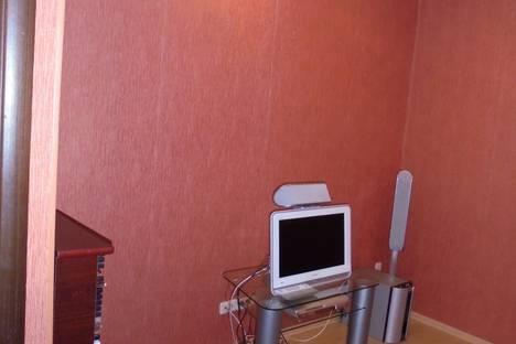 Сдается 1-комнатная квартира посуточно в Ноябрьске, улица Энтузиастов, 9.