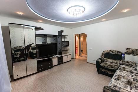 Сдается 2-комнатная квартира посуточно, улица Ленина, 67.